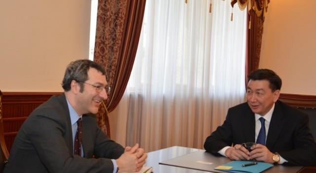 Аким Мангистау встретился с послом Италии