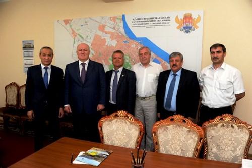Аким Актау побывал с рабочей поездкой в Дагестане