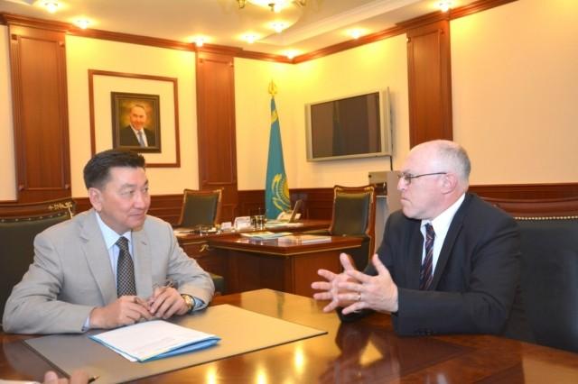Аким Мангистау принял заместителя посла США в Казахстане