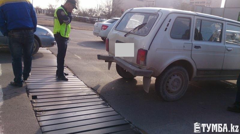 Возле т/ц Ардагер столкнулись маршрутный автобус №3 и автомобиль «Нива»