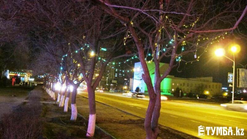 Фотообзор: Новогодние огни Актау
