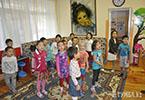 Дети Актау поздравляют Нурсултана Назарбаева с Днем Первого Президента
