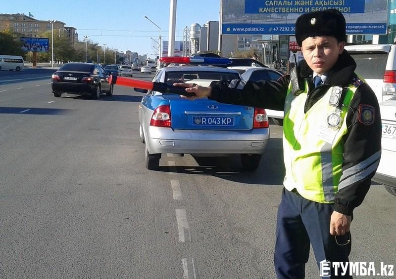 Казахстанские полицейские откажутся отжезлов с2017 года