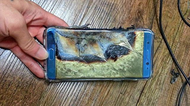 Bloomberg оценило потери Самсунг ототзыва Galaxy Note 7 в $1 млрд