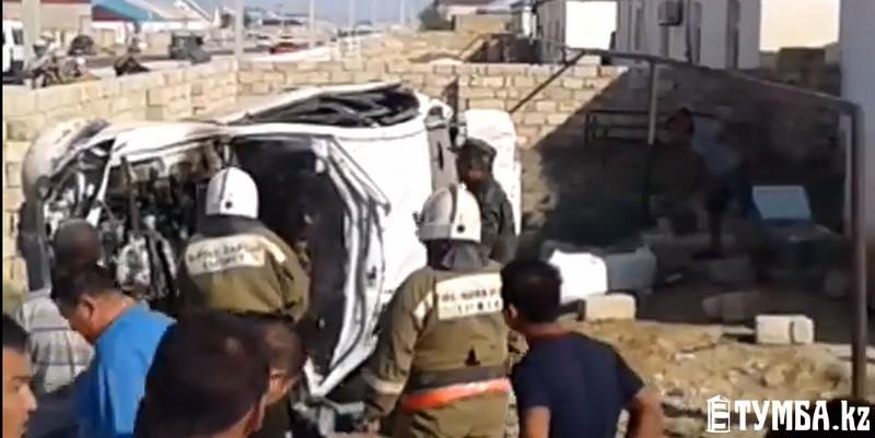 ВМангистауской области семья из 7-ми  человек погибла вДТП