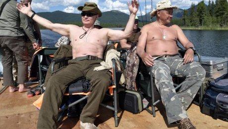 Лучше бы поймал 'леща': в сети шутят над Путиным, поймавшим щуку